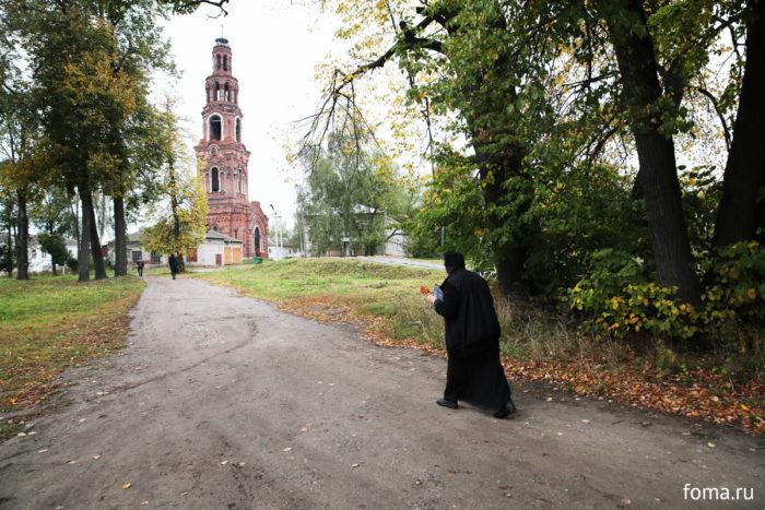 Заставка для - Женский Петропавловский монастырь в Юрьеве-Польском