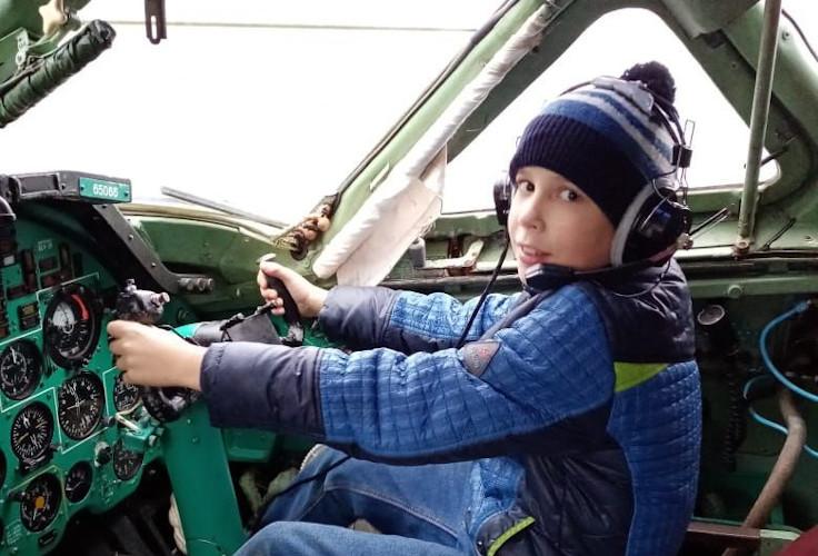Подопечные из Северодвинского детского дома посетили музей Авиации Севера